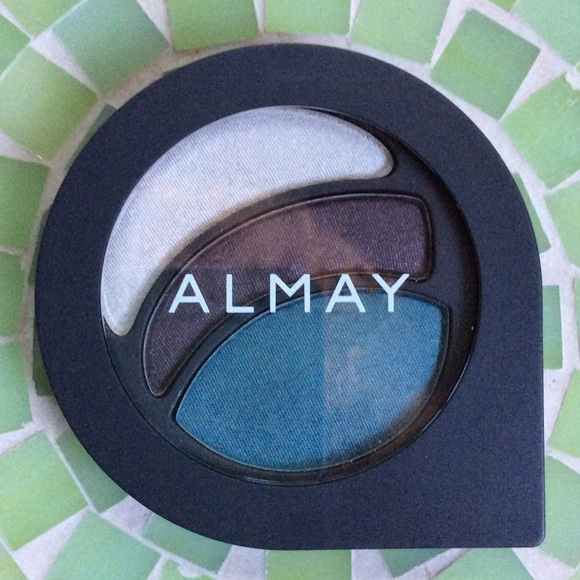 Almay Intense i-Color Powder Shadow for Blue Eyes